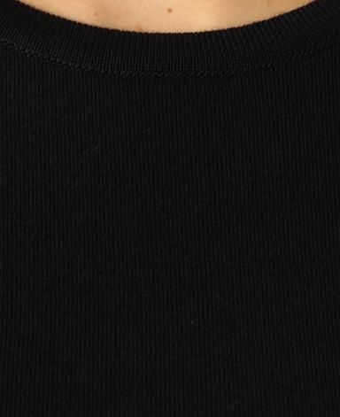 圆领针织衫